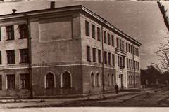 Здание-школы-2